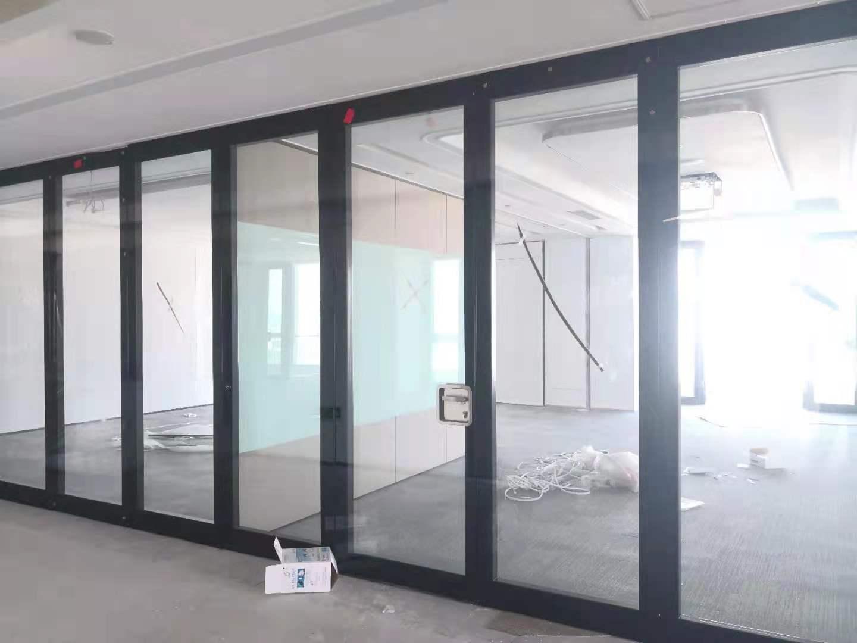 玻璃隔断案例